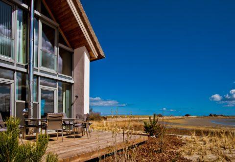 Haus UTKIEK – Terrasse mit Graswarderblick